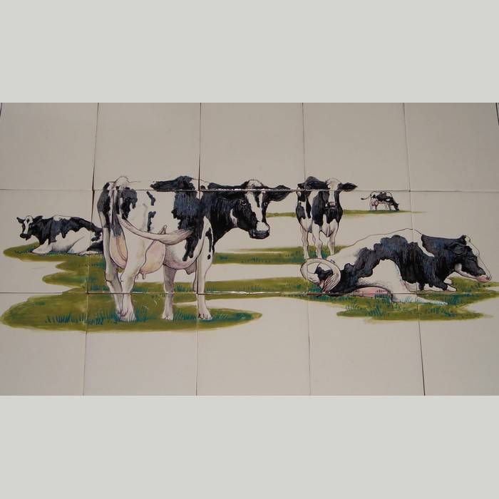 RF15-1 Cow's in the meadow