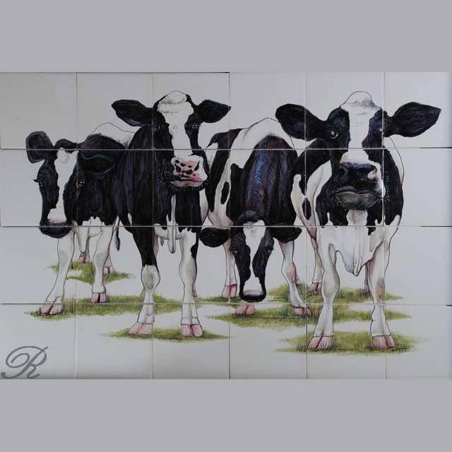 RH24-R, 4 Curious cows