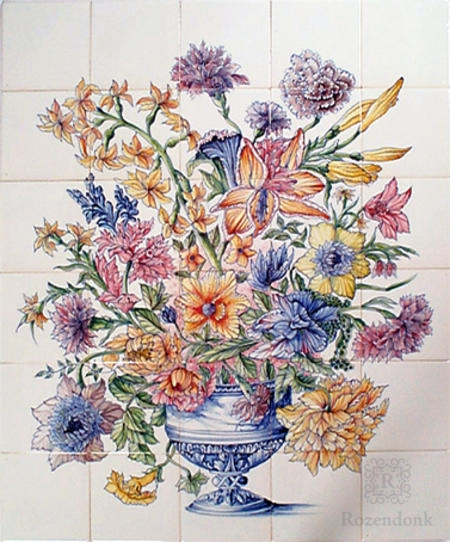RM30-1k Vase with flowers