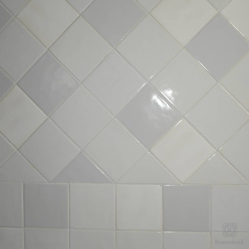 Wall tiled diagonal