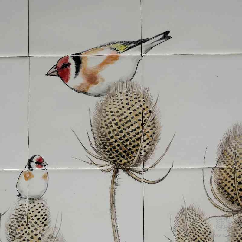 RH24-16, Gold finch on teasel