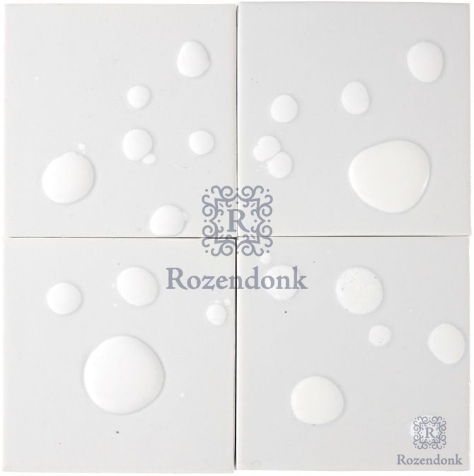 Tiles with air bubbles