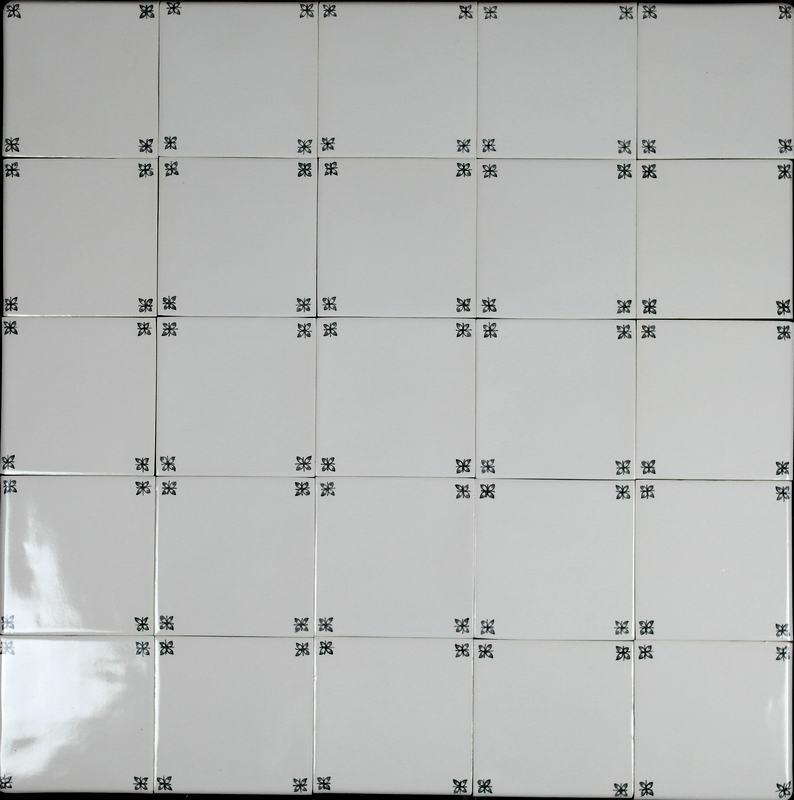 RF-spider corner decoration