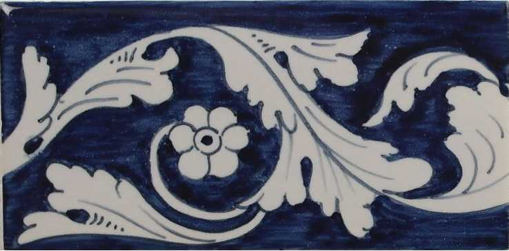 RF0-11, Border tile with flowers and leafs