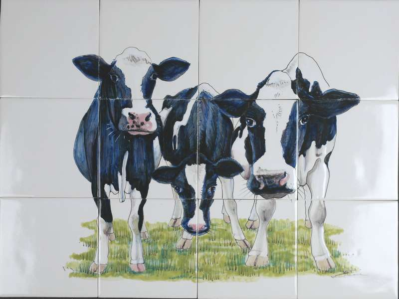 RH12-17, 3 curious cows hand painted