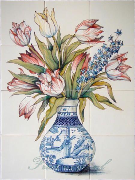 RH12-29 Vase with tulips