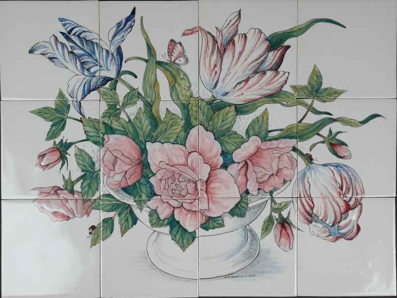 RH12-8 Bowl with tulips
