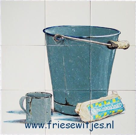 RH9-20 Enamel bucket and soap