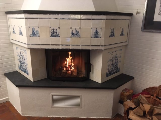 Ships at the fireplace