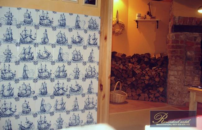 Tiles murals with ships